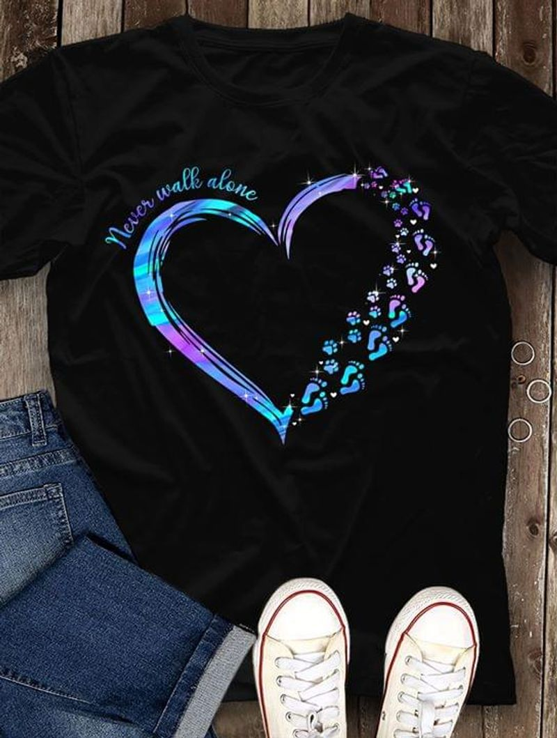 Dogs Lover Never Walk Alone Dog Paws And Human Footprints Heart Shaped Black T Shirt Men And Women S-6XL Cotton