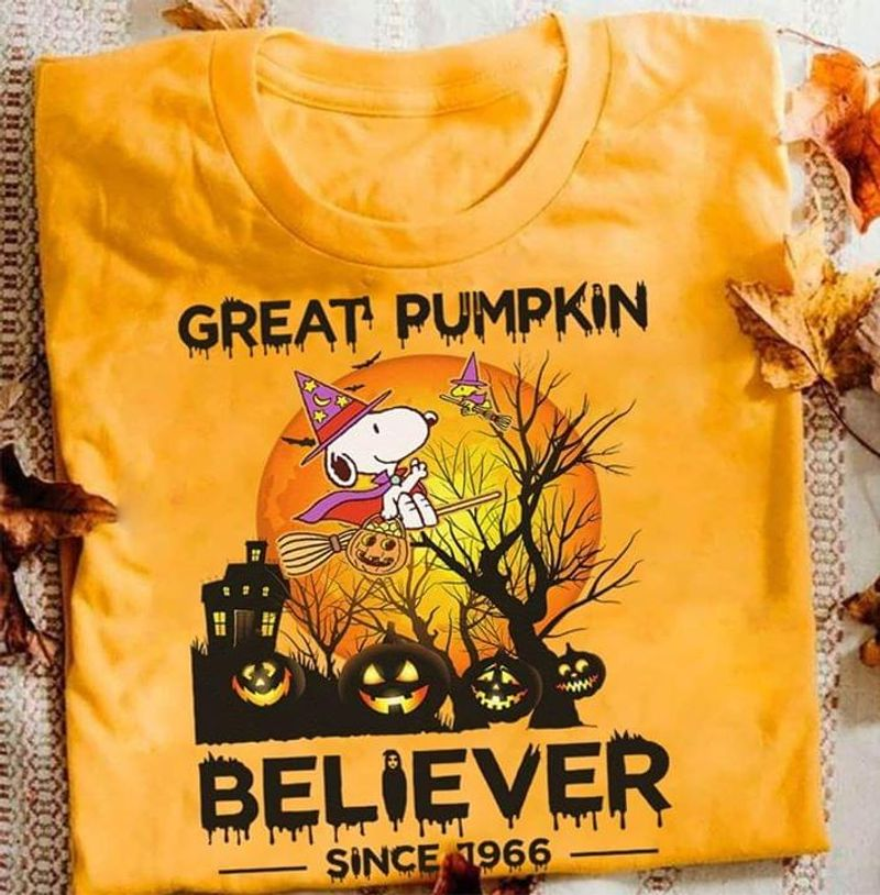 Funny Sn00py Peanuts Great Pumpkin Beliver Since 1966 Halloween Gold Gold T Shirt Men And Women S-6XL Cotton