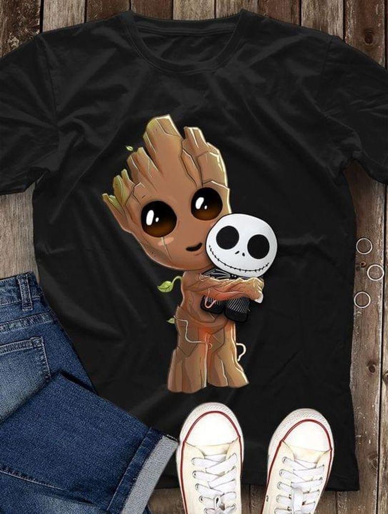 Groot Hugs Jack Skellington Lovely T-shirt Marvel Avengers Fans Halloween Gift Black T Shirt Men And Women S-6XL Cotton