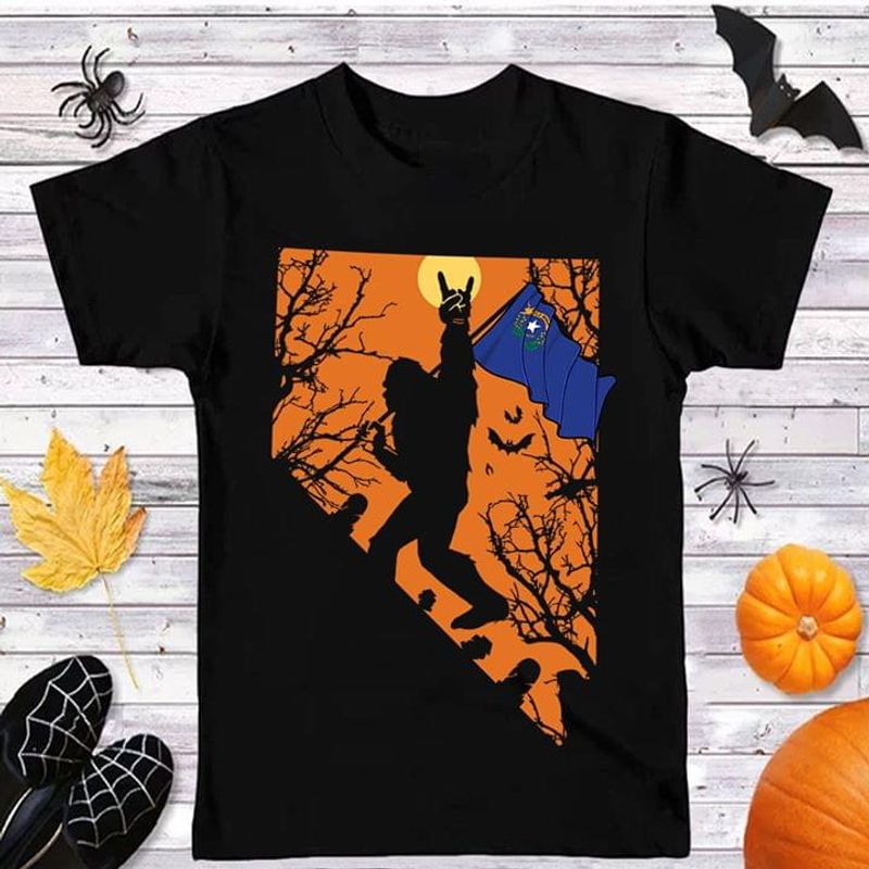 Happy Halloween Bigfoot Nevada Flag Us State T Shirt Halloween Gift Black T Shirt Men And Women S-6XL Cotton