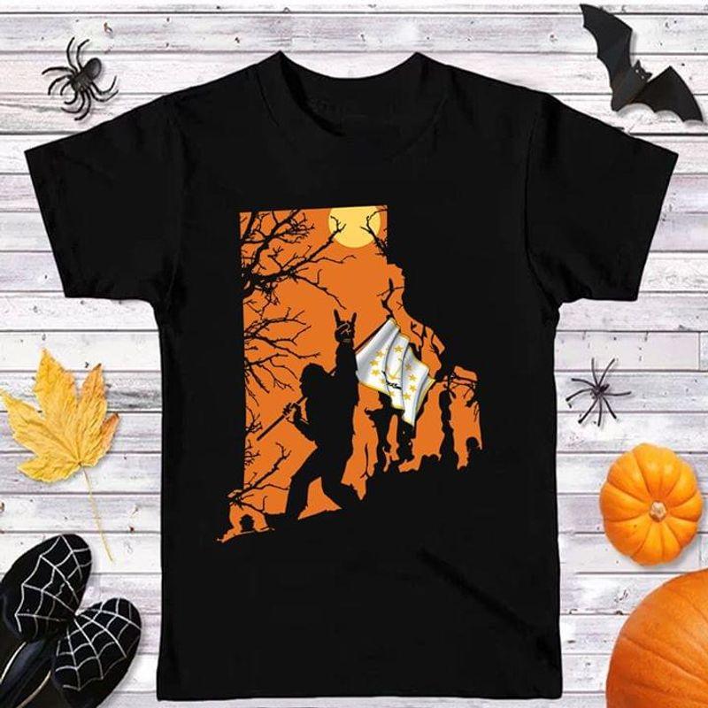 Happy Halloween Bigfoot Rhode Island Flag Us State T Shirt Halloween Gift Black T Shirt Men And Women S-6XL Cotton