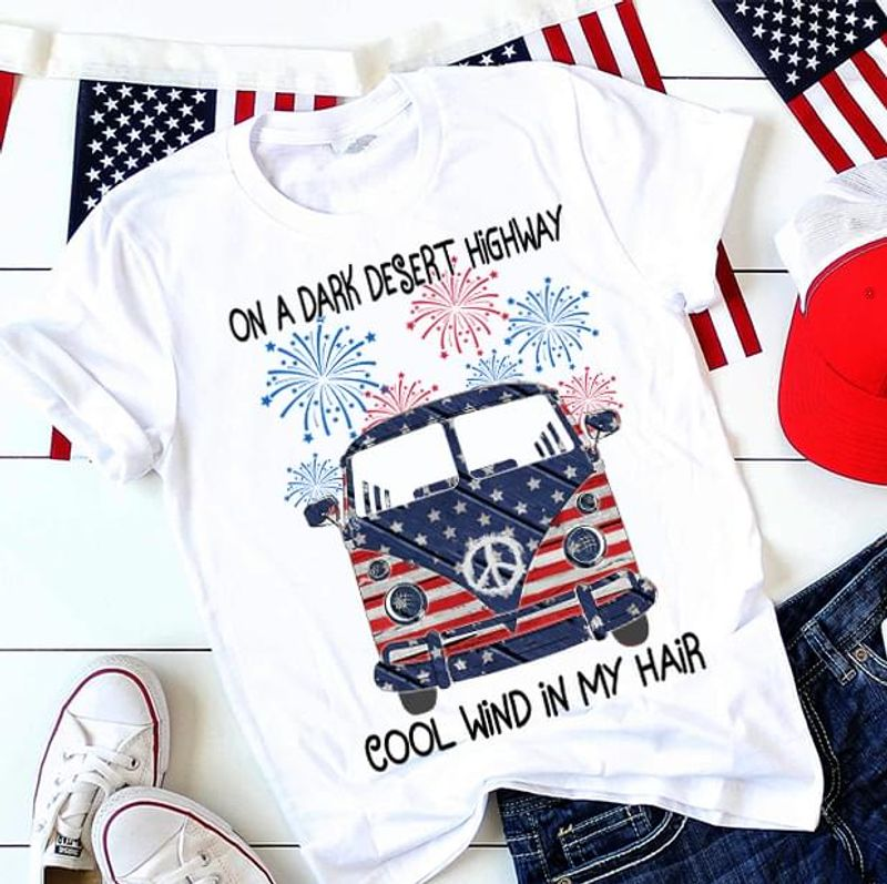 Dog & Hippie Bus American Flag Cool Wind In My Hair Independence Day 4th Of July T Shirt S-6XL Men And Women Clothing