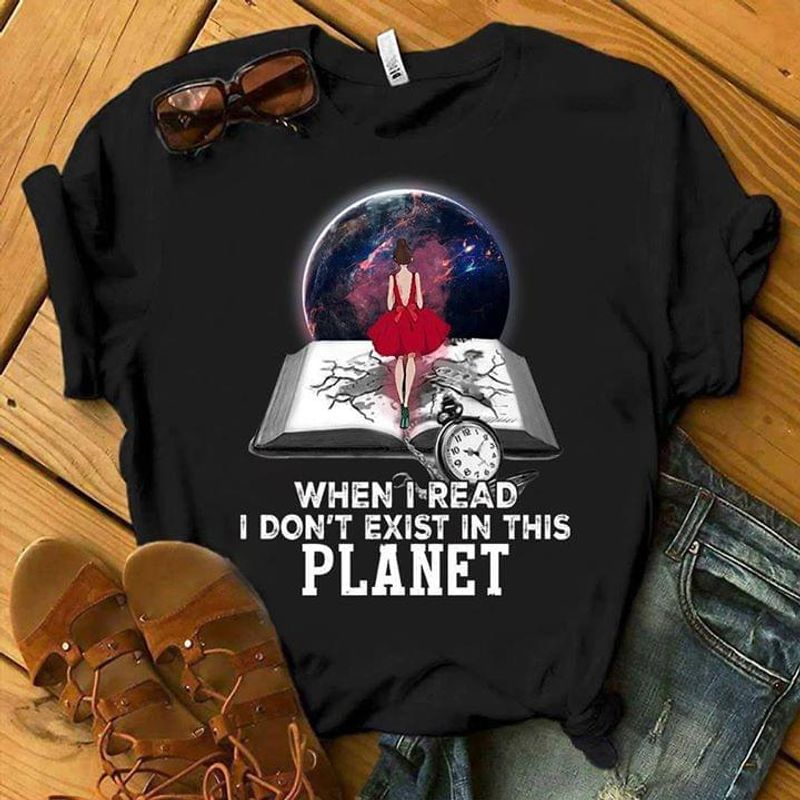 Little Girl Book When I Read I Don't Exist In This Planet Quote Black White T Shirt Men And Women S-6XL Cotton