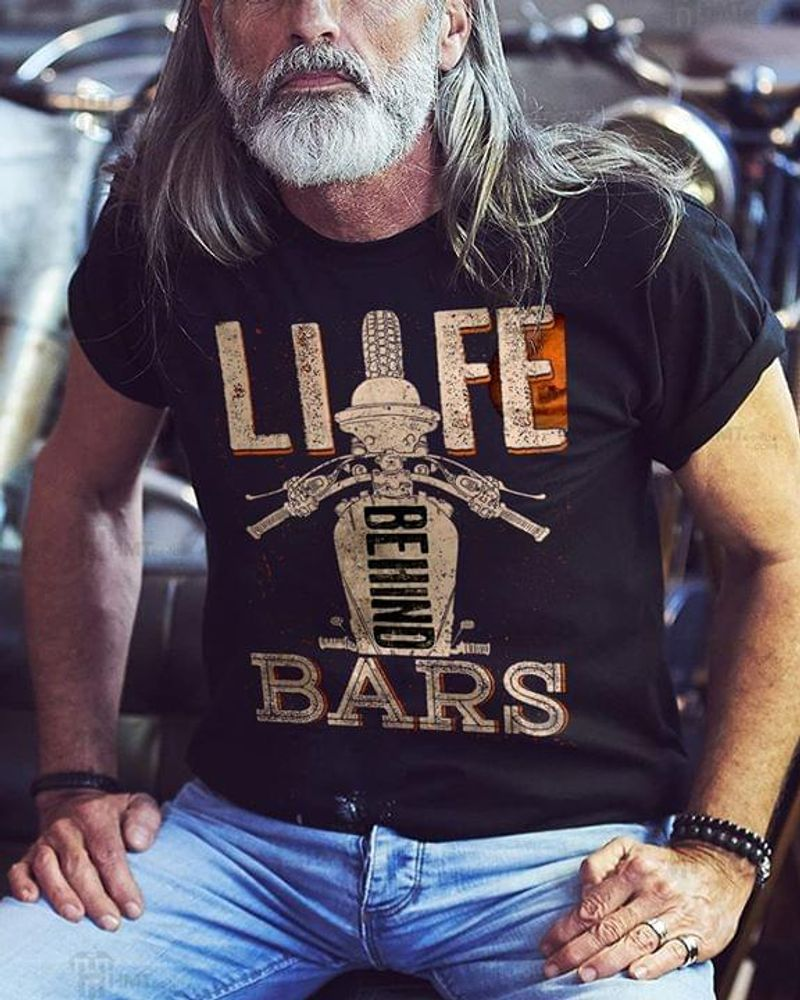 Love Bikers Life Behind Bars Funny Humor Biking Motobike Black T Shirt Men And Women S-6XL Cotton