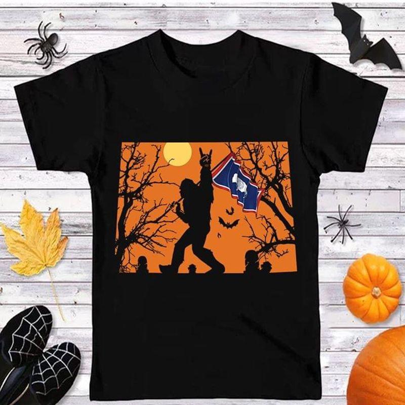 Sasquatch Bat Wyoming Flag Us State Halloween Style Black T Shirt Men And Women S-6XL Cotton