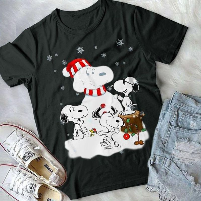 Snowman Sn00py Santa Hat Cute Sn00py And Woodstock Ideal Christmas Gift For Cartoon Fans Black T Shirt Men And Women S-6XL Cotton