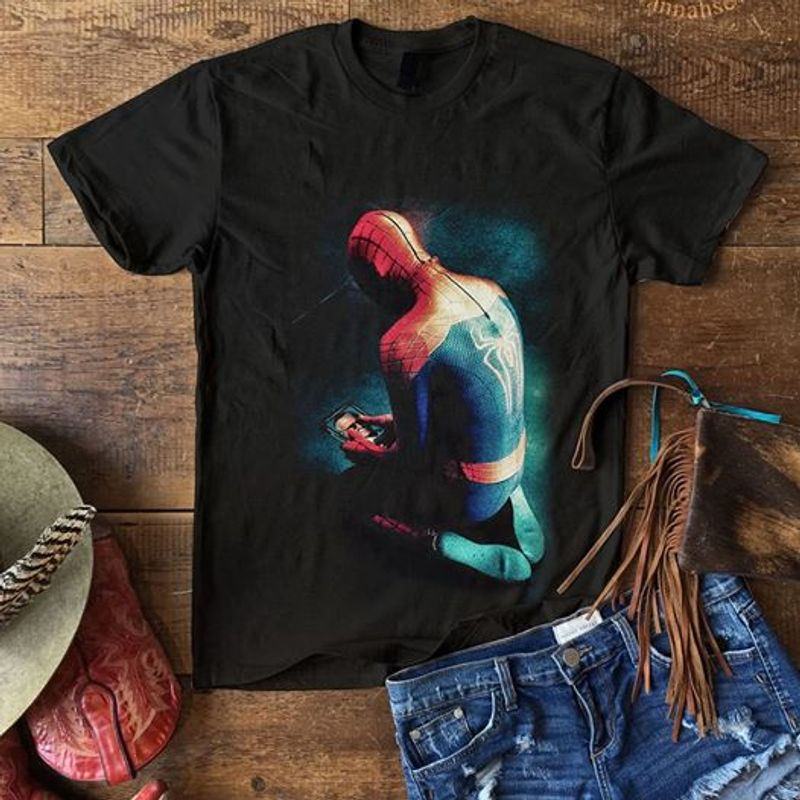 Spider Man Hold Picture T-shirt Black A5