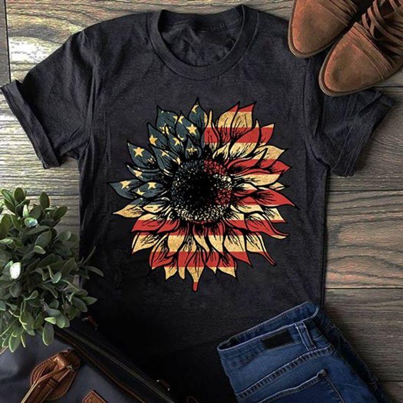 Suflower American Flag Pattern Vintage  T Shirt Black