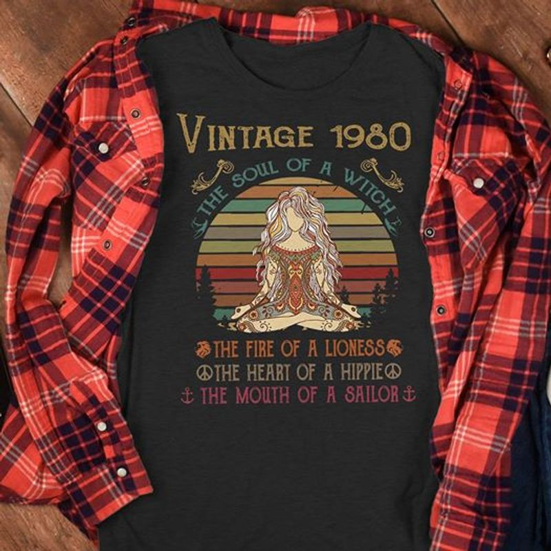 Vintage 1980 The Soul Of A Witch The Fire Of A Lioness The Heart Of A Hippie T Shirt Black