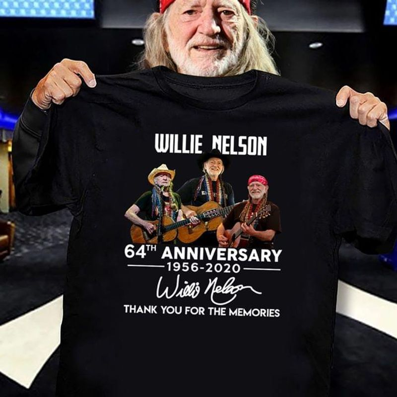Willie Nelson 64th Anniversary 1956-2020 Signatures Thank You For The Memmories T Shirt Black