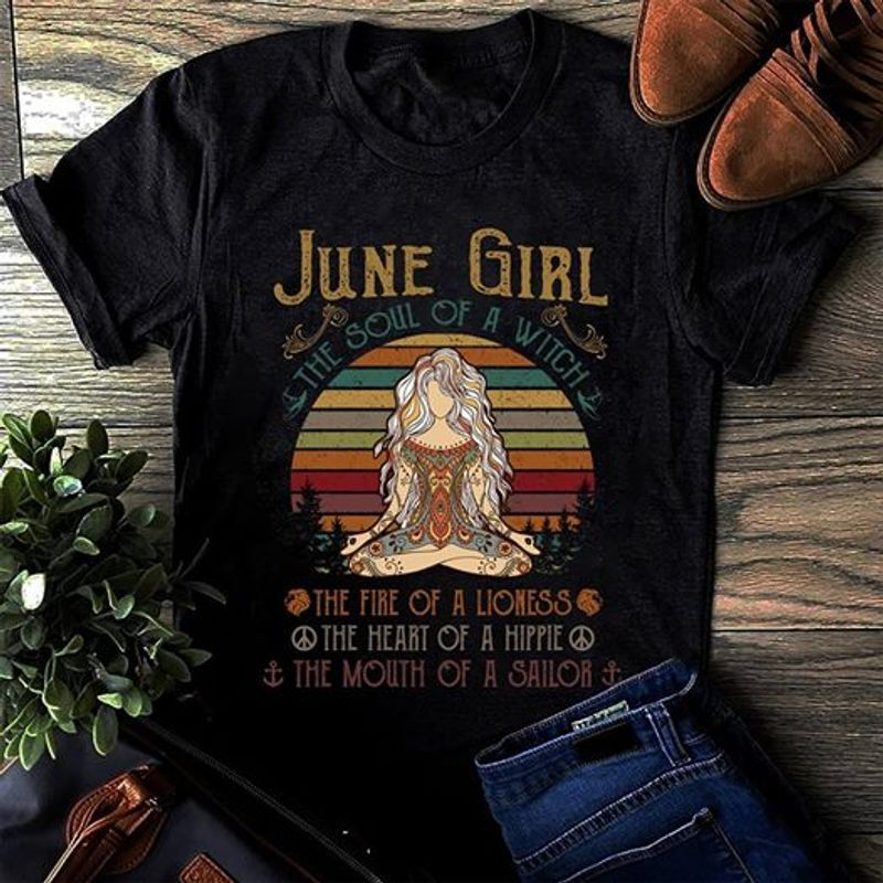 Yoga June Girl The Soul Of A Witch T-shirt Black